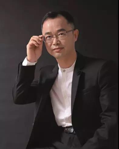 广东智库十大领军人物――岳华新!